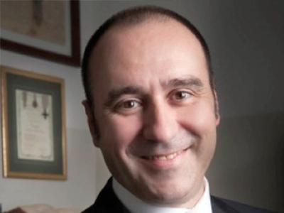 Dr Nicola Zerbinati